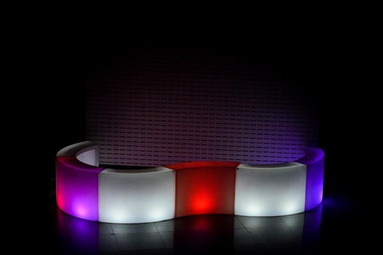 aluguel de móveis de LED para festas e eventos