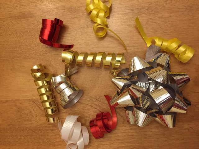 Curled ribbon for easy holiday craft