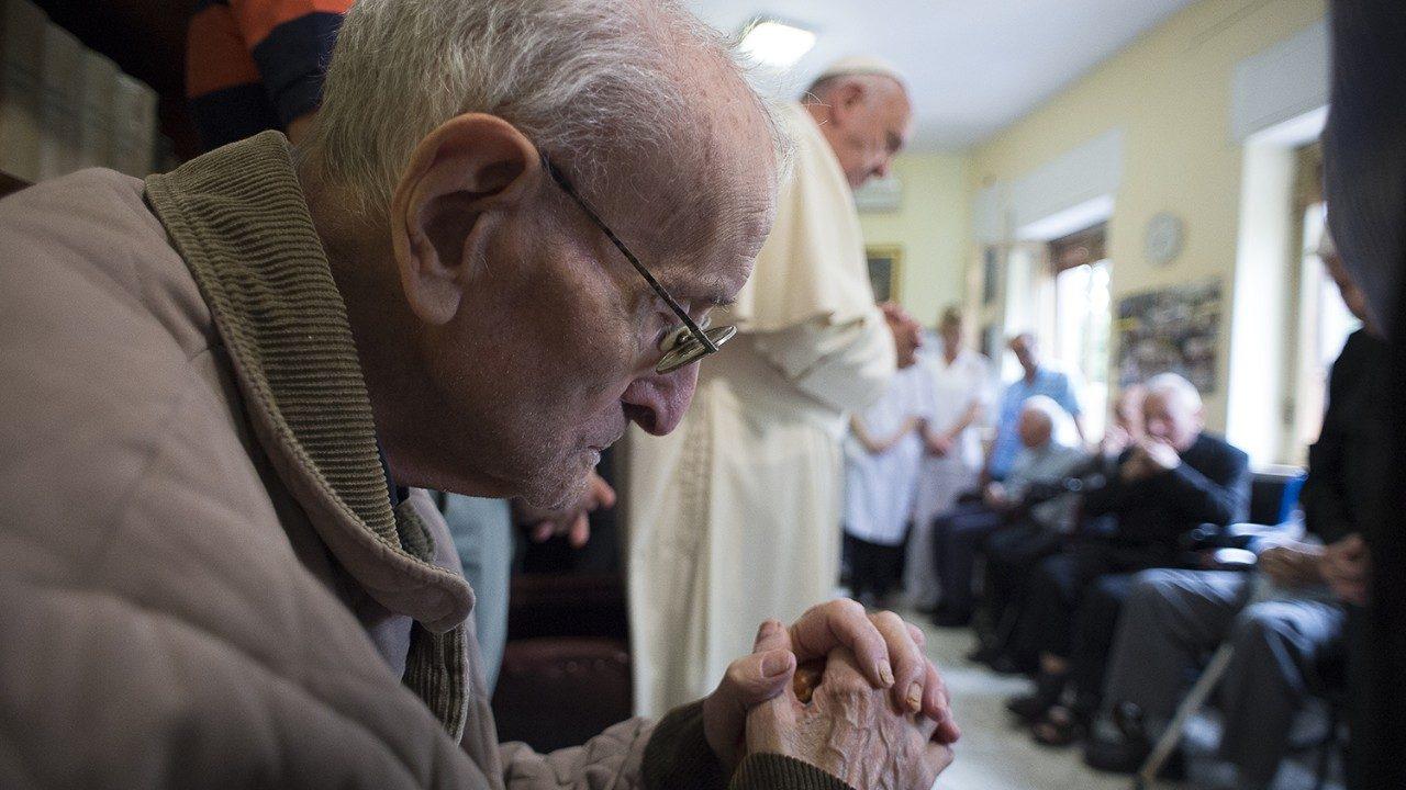 Italia: Mensaje del Papa a sacerdotes ancianos y enfermos