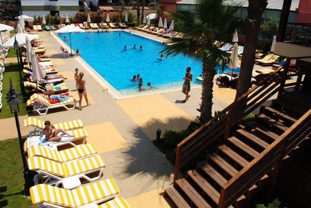 mocean-pool-days-23