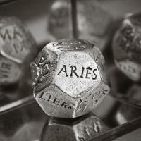 La Luna en Aries. Acción, impaciencia, divinidad.