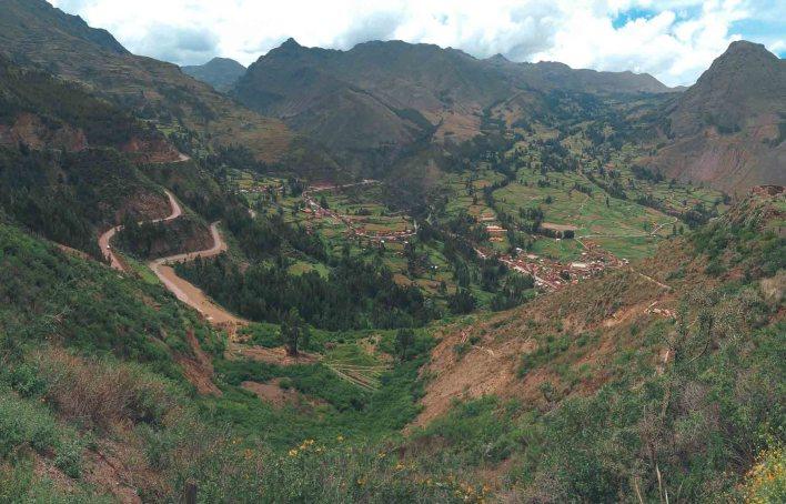Vistas de el Valle Sagrado desde las alturas. - ©2020 Mochileros.org