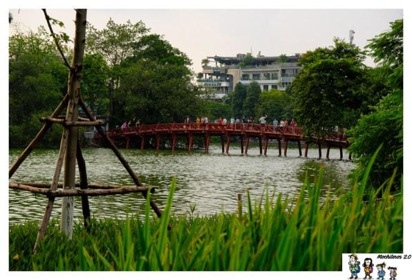 hanoi puente lago