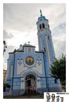 bratislava iglesia azul