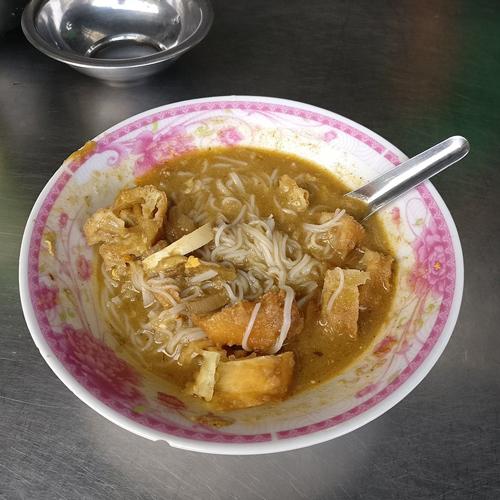 Birmania Myanmar donde comer barato