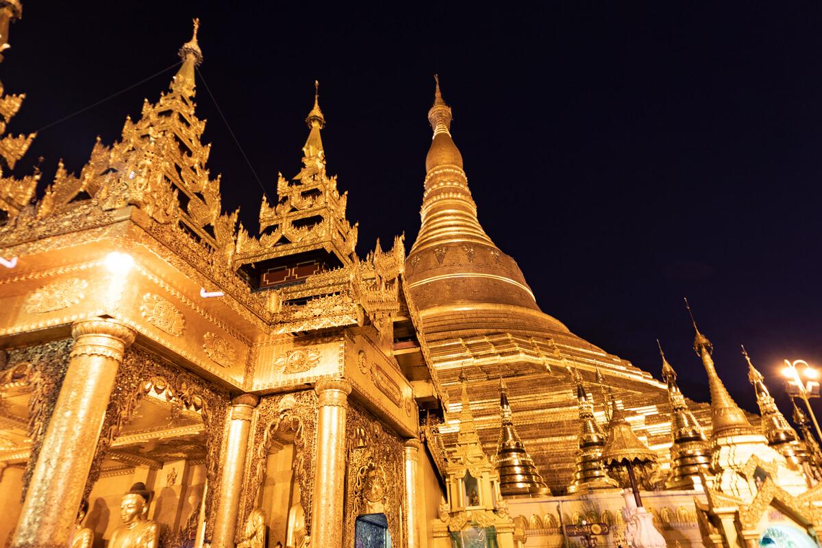 Pagodas Yangon que ver Myanmar