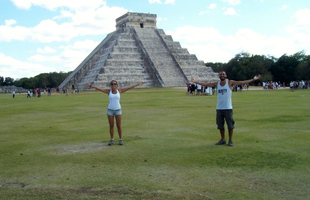 Ruinas-mayas-Chichen-Itza-templo-Kukulcan