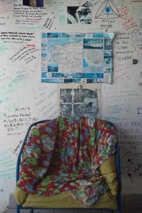 Tijuana-Hostel-Sao-Luis-sofa-unipersonal