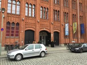 Plus-Berlin-Hostel-fachada