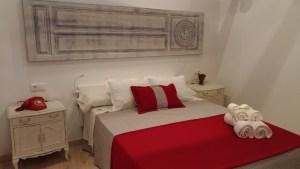 Patios-que-ver-en-Cordoba-San-Basilio-40-habitación-1