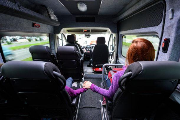 Minivan-traslado-privado-aeropuerto