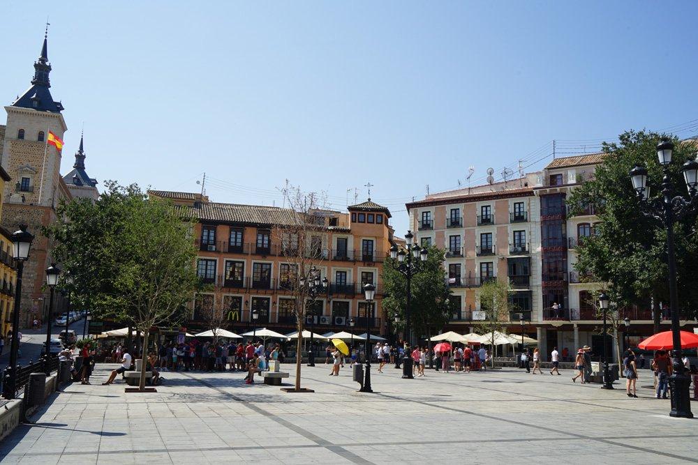 Plaza Zocodover, uno de los lugares que ver en Toledo