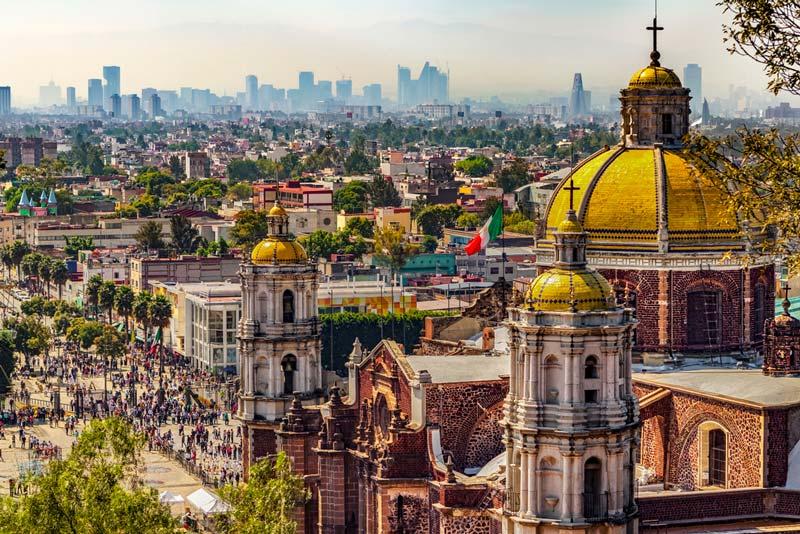Panorámica de la Basílica de Guadalupe