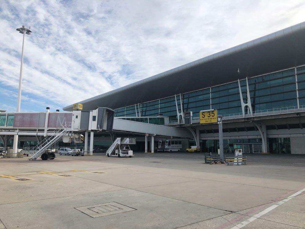 Cómo ir desde el aeropuerto de Oporto al centro