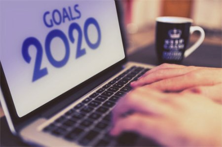 Image of a laptop with goals 2020 on screen