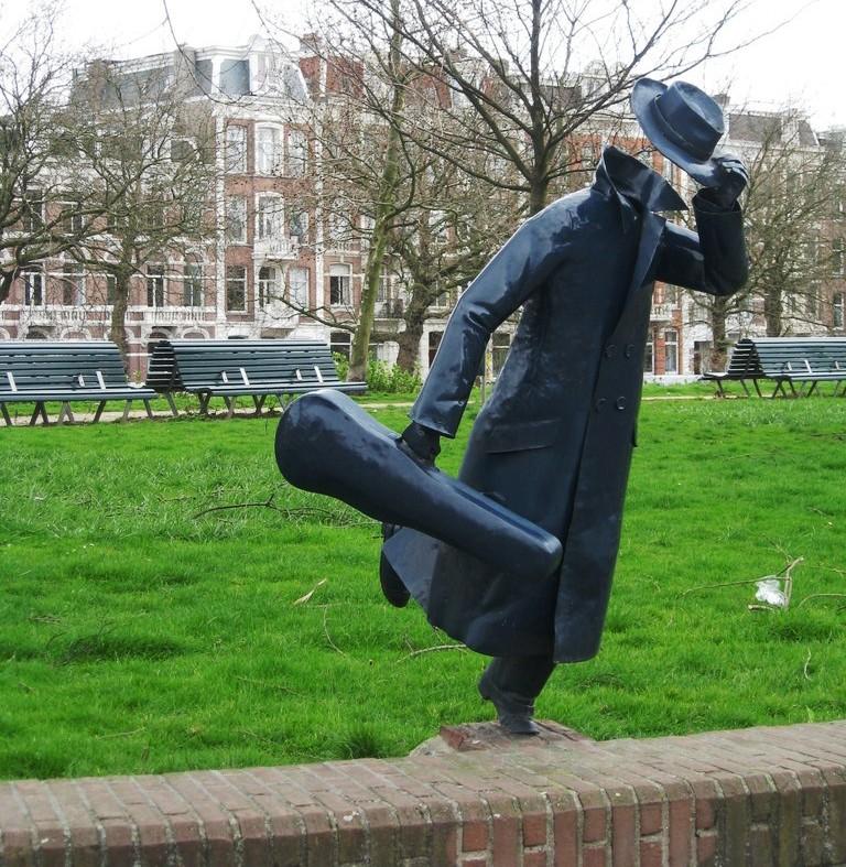 những bức tượng kỳ lạ nhất thế giới