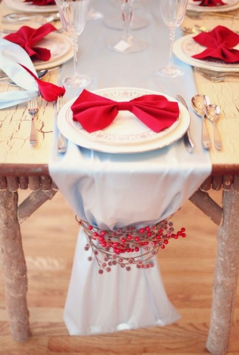 christmas table decoration red-white