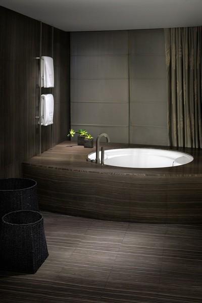 Armani_Hotel_Dubai_bath2