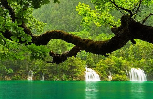 valley Jiuzhaigou -Valley of Nine Villages- is a spectacular national park-Sierra Min Shan, China 14