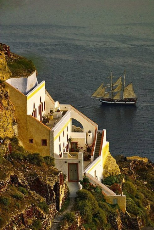 most beautiful and romantic island in Europe 6