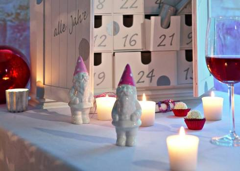 creative christmas table decor ideas  with pink color