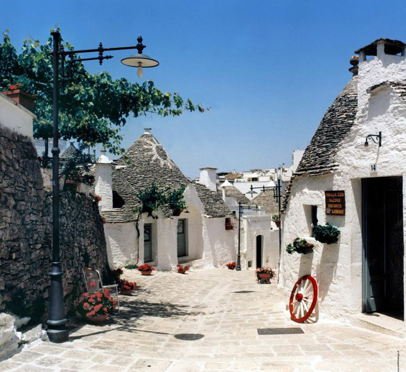 amazing paths around the world Alberobello, Italy
