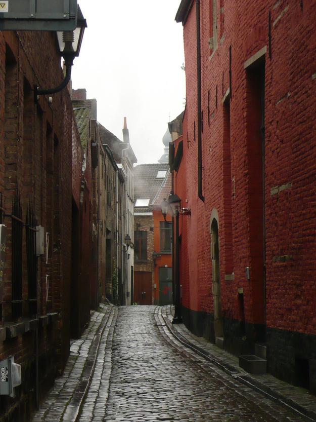 amazing paths around the world, Belgium
