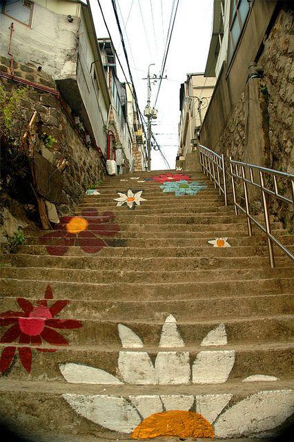 nghệ thuật đường phố cầu thang tuyệt vời trên khắp thế giới Hyehwa, Seoul, Hàn Quốc