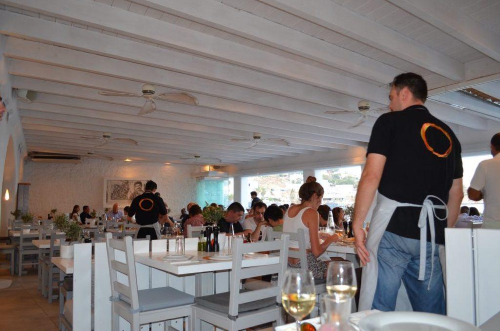Avli-tou-Thodori-restaurant-Mykonos-2
