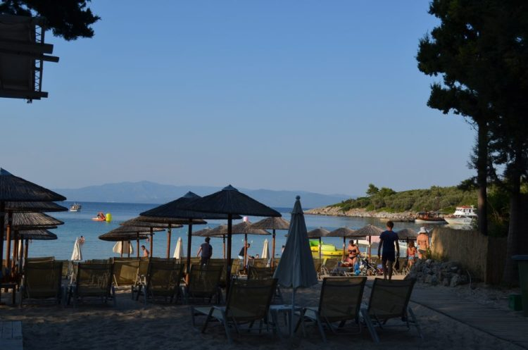 Greece Halkidiki Paliouri beach, best beach bar in Halkidiki, Kursaros 5
