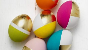 How To Color Easter Eggs 10 Creative Ways Moco Choco - Color-easter-eggs