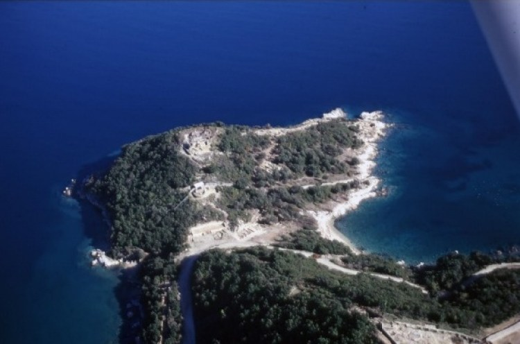 great archaeological discovery, tomb of the philosopher Aristotle 7