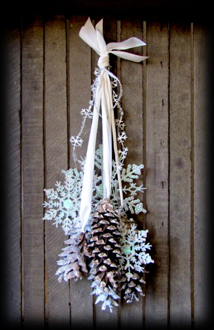 holiday homemade pinecone xmas ornaments 22