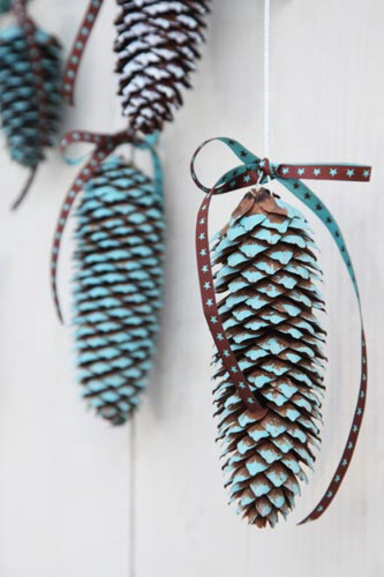 holiday homemade pinecone xmas ornaments 21