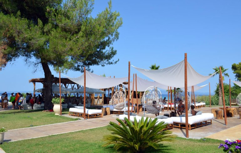 luxury beach bar in Halkidiki, Achinos Beach