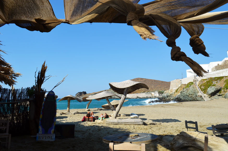 the best beach bar in Greece, Tinos 12