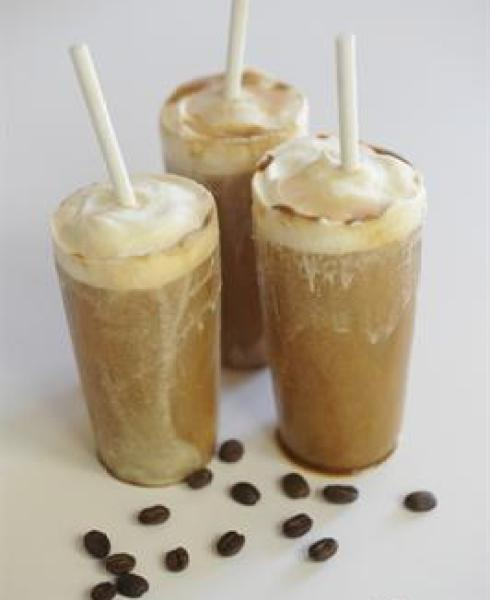 healthy homemade cappuchino popsicles