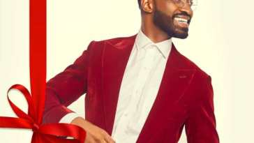 Ric Hassani SANTA BROUGHT YOUR HEART TO ME