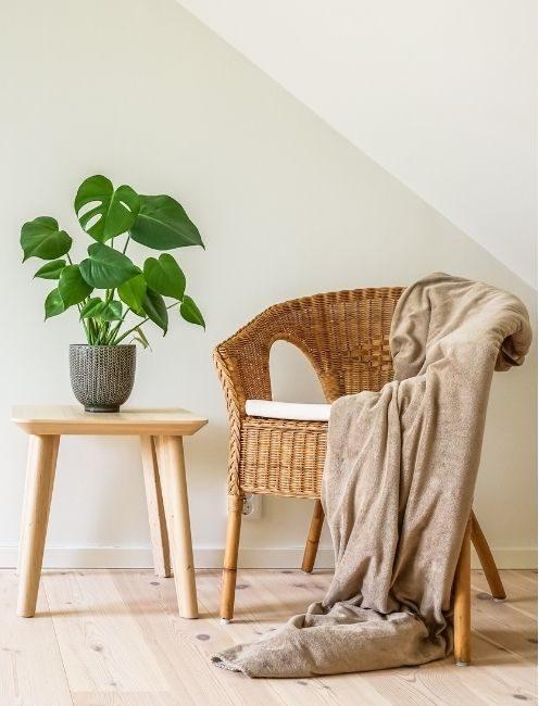 Photo montrant un fauteuil rotin style bohème