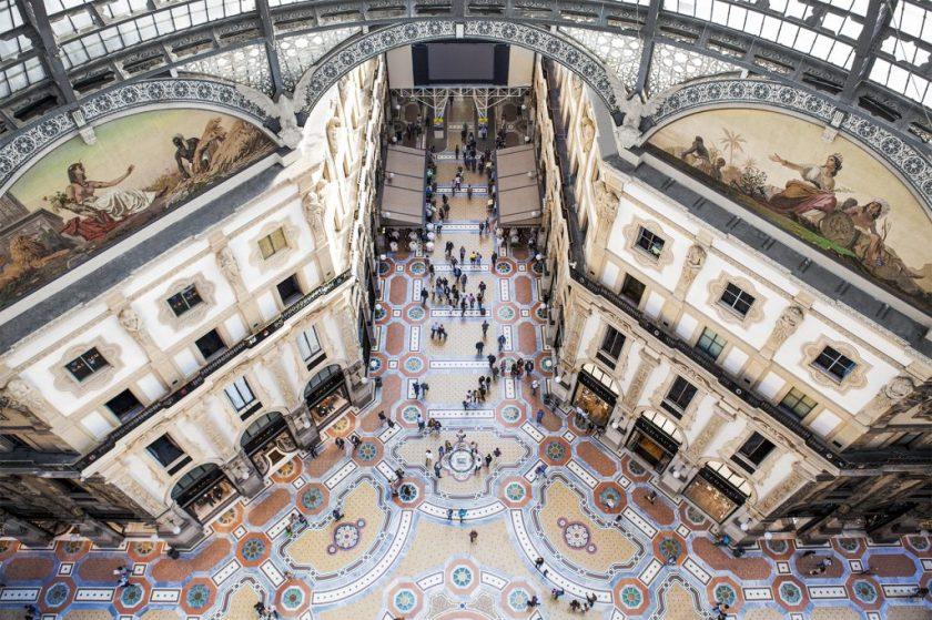 """Dizionario della Moda Mame: Prada. Il progetto """"the new Galleria""""."""
