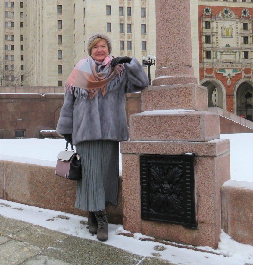 С чем носить юбку-плиссе зимой