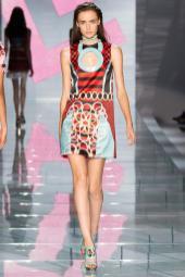 Stasha Yatchuk - Versace Spring 2015