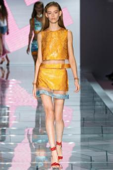 Ondria Hardin - Versace Spring 2015