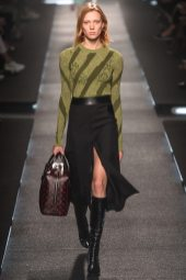 Annely Bouma - Louis Vuitton Spring 2015
