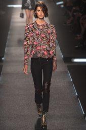Marte Mei van Haaster - Louis Vuitton Spring 2015