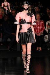 Vanessa Moody - Alexander McQueen Spring 2015