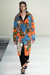 Sabina Lobova - Marni Spring 2015 Koleksiyonu