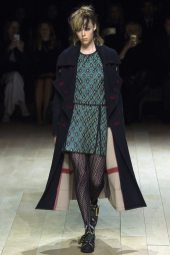 Edie Campbell - Burberry Fall 2016 Ready-to-Wear