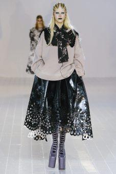Amalie Schmidt - Marc Jacobs Fall 2016 Ready to Wear