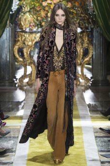 Polina F - Roberto Cavalli Fall 2016 Ready-to-Wear